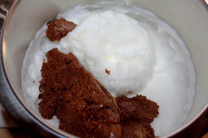 søtppotetsalat, honey-mustard, fyrstekake og sjokoladekremkake 138