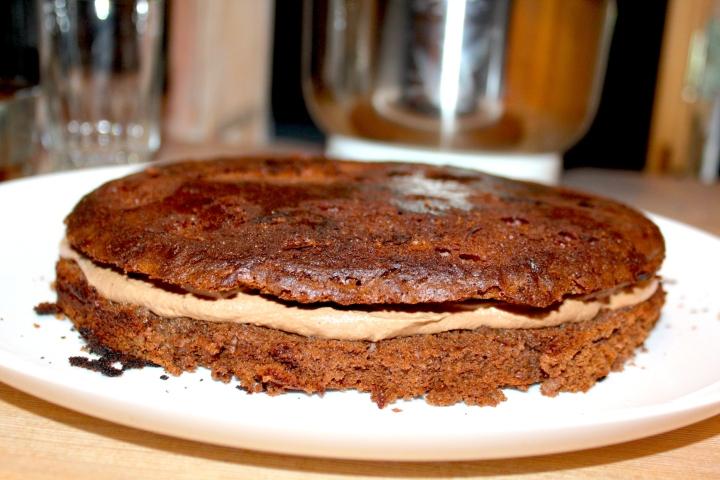 søtppotetsalat, honey-mustard, fyrstekake og sjokoladekremkake 219
